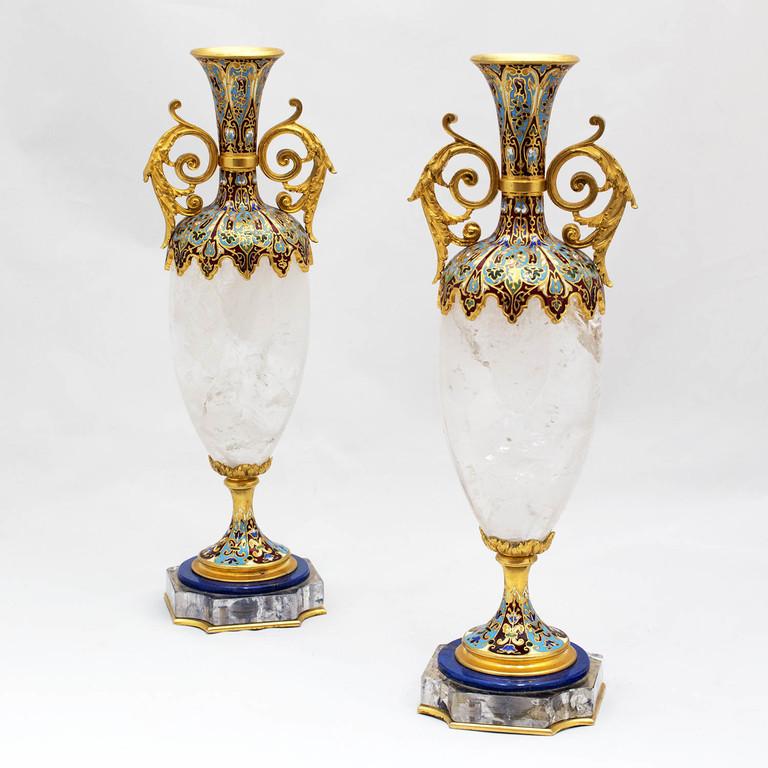 galleria-frison-vasi-in-cristallo-di-rocca-e-smalti